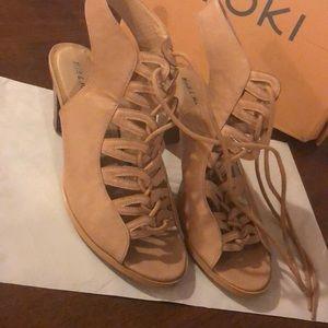 Women's high heel sandals